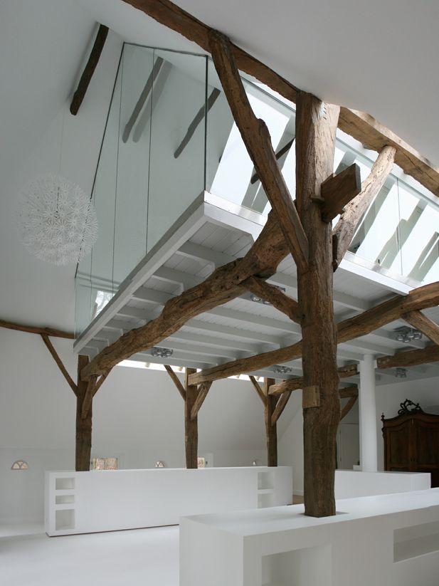 17 beste idee n over houten balken plafond op pinterest balkenplafond plafonds met balken en - Plafond met balk ...
