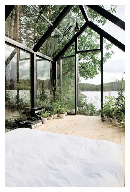 Greenhouse | Bedroom.