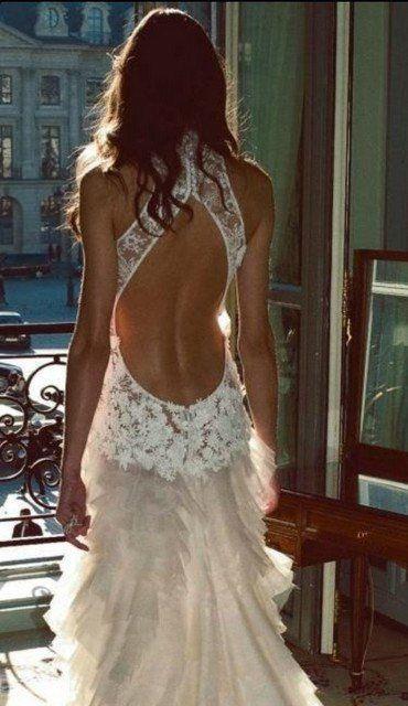 Nyitott hátú menyasszonyi ruha 6, Open back wedding dress 6 Forrás:http://www.etsy.com