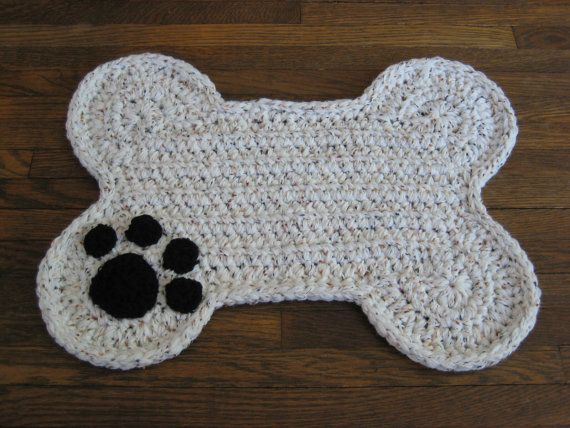 Crochet PATTERN - Dog Bone Placemat Rug; Pet Food Floor Mat - Paw Print!