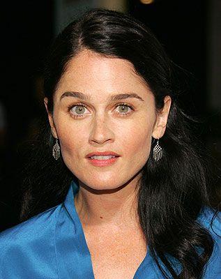 Robin Tunney as Teresa Lisbon in The Mentalist