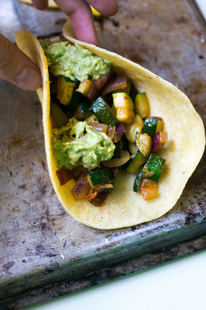 5 Ingredient Zucchini Lovin' Tacos are where it's at on meatless Monday AND taco Thursday!
