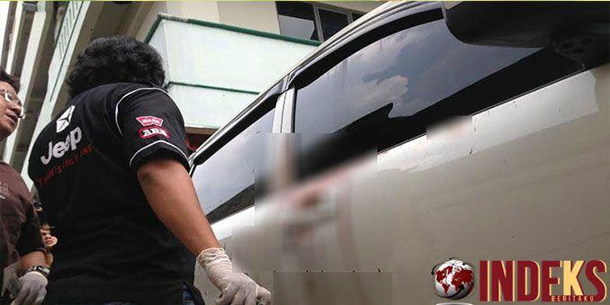 IndeksBeritaku - Berita hari ini adalah Penyidik Polres Metro Jakarta Timur bersama dengan Polresta Depok mulai menyelidiki kasus pengeroyokan terhadapAhli IT Hermansyah, Baca Selengkpnya:  http://indeksberitaku.com/polisi-periksa-saksi-saksi-kasus-pengeroyokan-ahli-hermansyah/