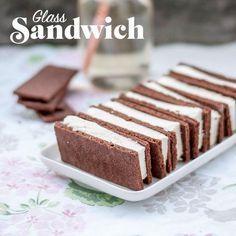 Det är så lätt att göra glass-sandwich att alla borde göra det! Och så mycket roligare att bjuda på :-)