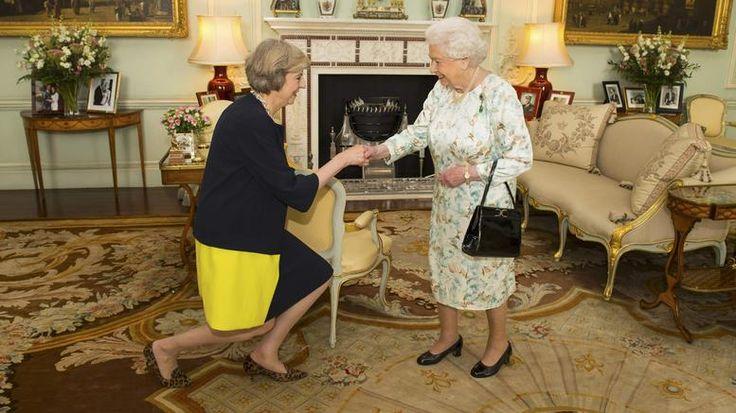 Mayday – Mayday! Η Teresa May και επισήμως στο τιμόνι της Μ. Βρετανίας!