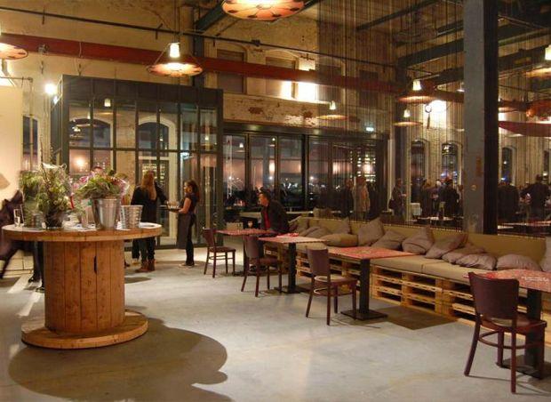 Barbara brun design industriel pour le plus grand for Banquette en palette deco