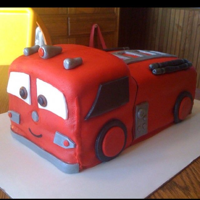 Car Cakes For Boy Birthday : 17 Best images about 2nd Birthday Cakes on Pinterest Car ...