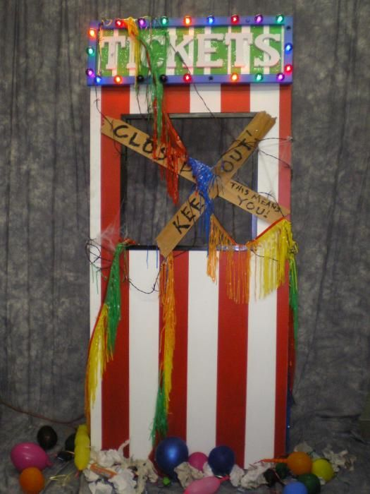 creepy carnival ticket booth great for Halloween haunted carnival ...