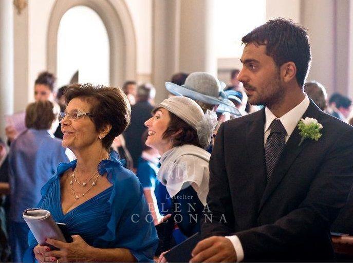 Abiti da cerimonia esclusivi. Tradizioni di famiglia: da sposa a mamma della sposa sempre con una creazione di L'Atelier Elena Colonna.