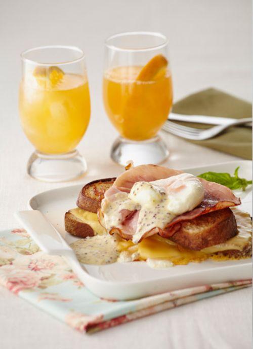 Los huevos al nido con queso sabana es una receta que hará de un desayuno una ocasión especial. Sorprenda o déjese sorprender con este plato que mezcla sabores de la cocina francesa.