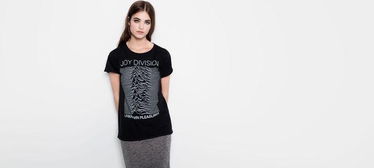 T-Shirt Joy Division pullandbear | 19,99€