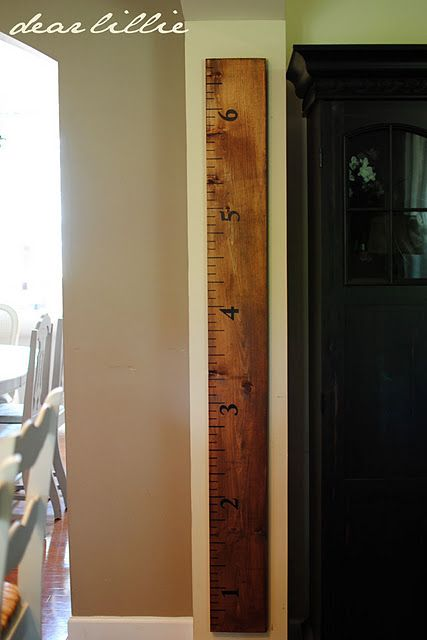 DIY Growth Chart.. gotta mark those kiddos : Growth Charts Ruler, New Houses, Height Charts, Cute Ideas, Measuring Sticks, Dear Lilly, Ruler Growth Charts, Great Ideas, Growth Ruler