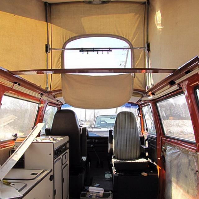 Headroom in the VW Type 2 T3 Vanagon Westfalia