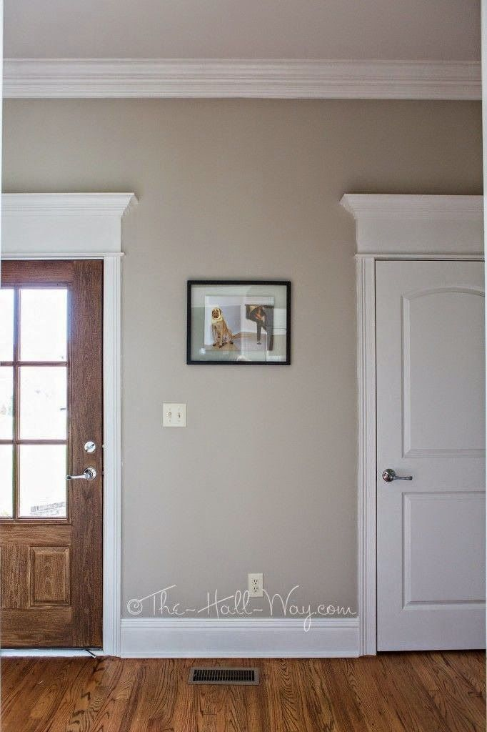 Michelle - Blog #Home #colors - #Greige Fonte : http://www.the-hall-way.com/2014/07/13/a-bm-revere-pewter-alternative/
