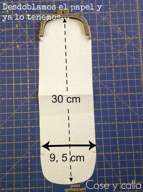 Hola chicas!!!   Qué tal si hoy aprendemos a hacer una funda como esta para el móvil, las gafas o cualquier otra cosa que se os ocurra?    ...