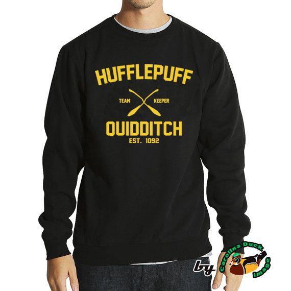Harry Potter Hogwarts Hufflepuff Quidditch Hemd von TeesByTaraShop