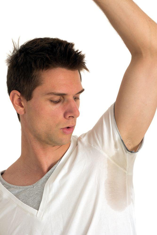 Como tirar as manchas de desodorante das roupas?