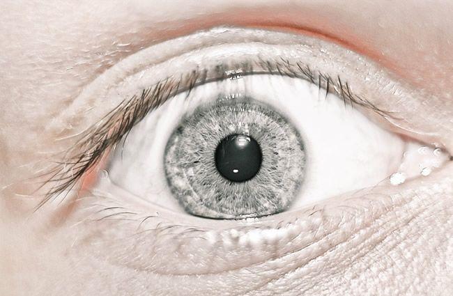 Šeroslepota: Zhoršeným videním v šere sa problémy nekončia