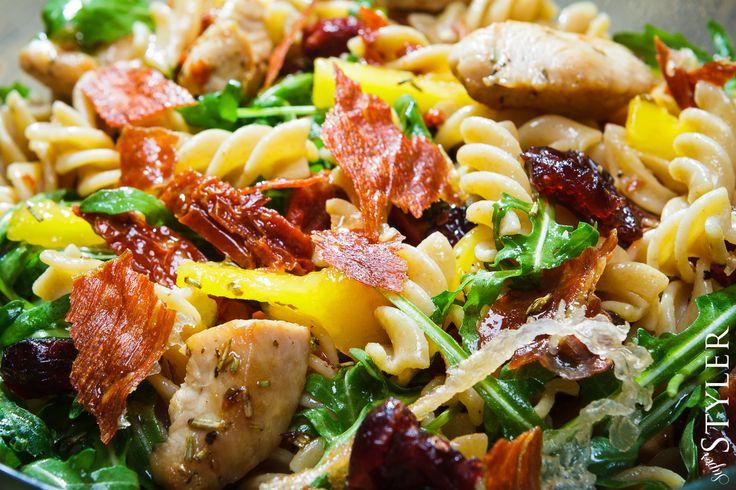 Sałatka z makaronem pełnoziarnistym #makaron #salatka #przepis #kuchnia #superstyler