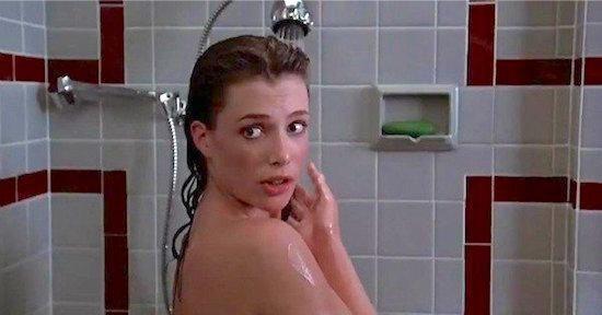 une simple douche sans savon suffit