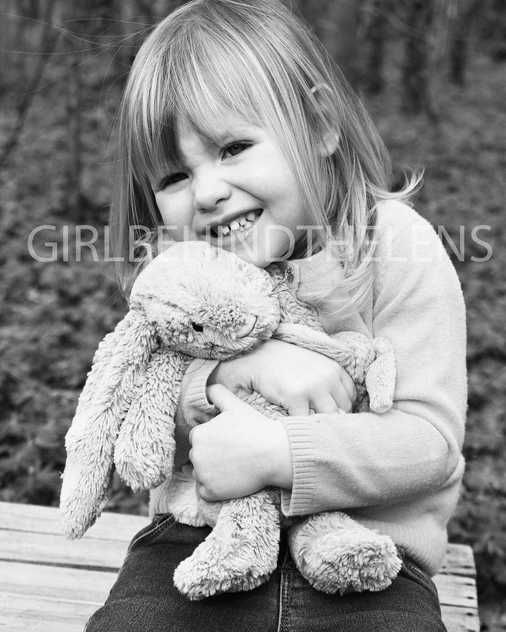 Perfect for #easter, the adorable smallest member of this #beautiful #family I was recently lucky…