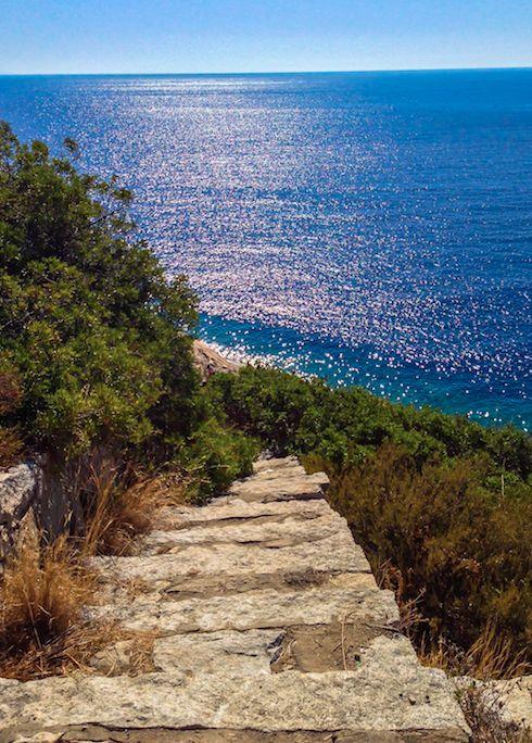 Isola d'Elba - Capoliveri In questo articolo voglio raccontarti il mio viaggio all'Isola d'Elba la terza isola più grande d'Italia, io sono stato una setti