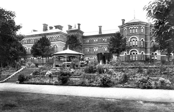 Broadmoor Hospital, Berkshire. Italianate corridor plan buildings by Joshua Jebb, opened 1863 as Broadmoor Criminal Lunatic Asylum. Housed, and continues to house offenders with serious mental health conditions.