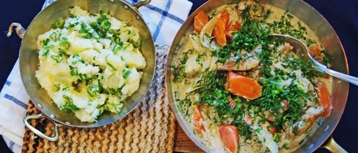 Kyckling i dill- och gräslökssås med potatis- och salladslöksstomp - recept från Lantmännen - Lantmännen