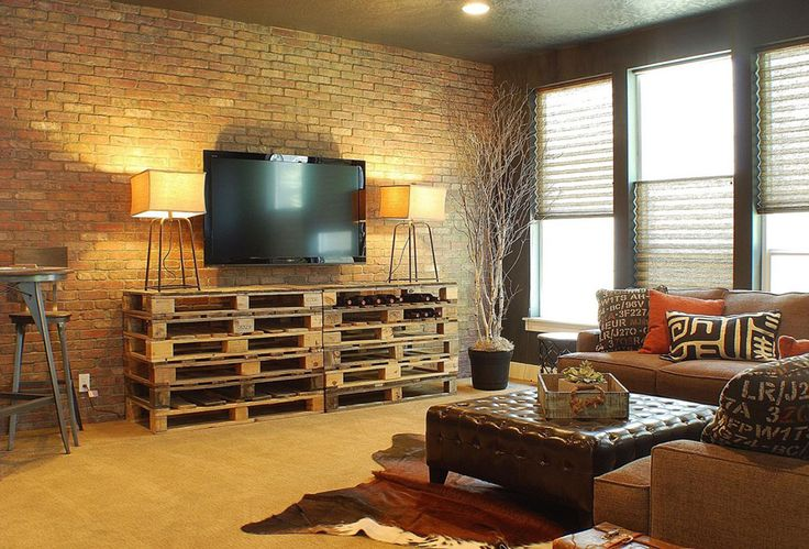 Шикарная идея как сделать тумбу под телевизор в стиле лофт для гостиной.