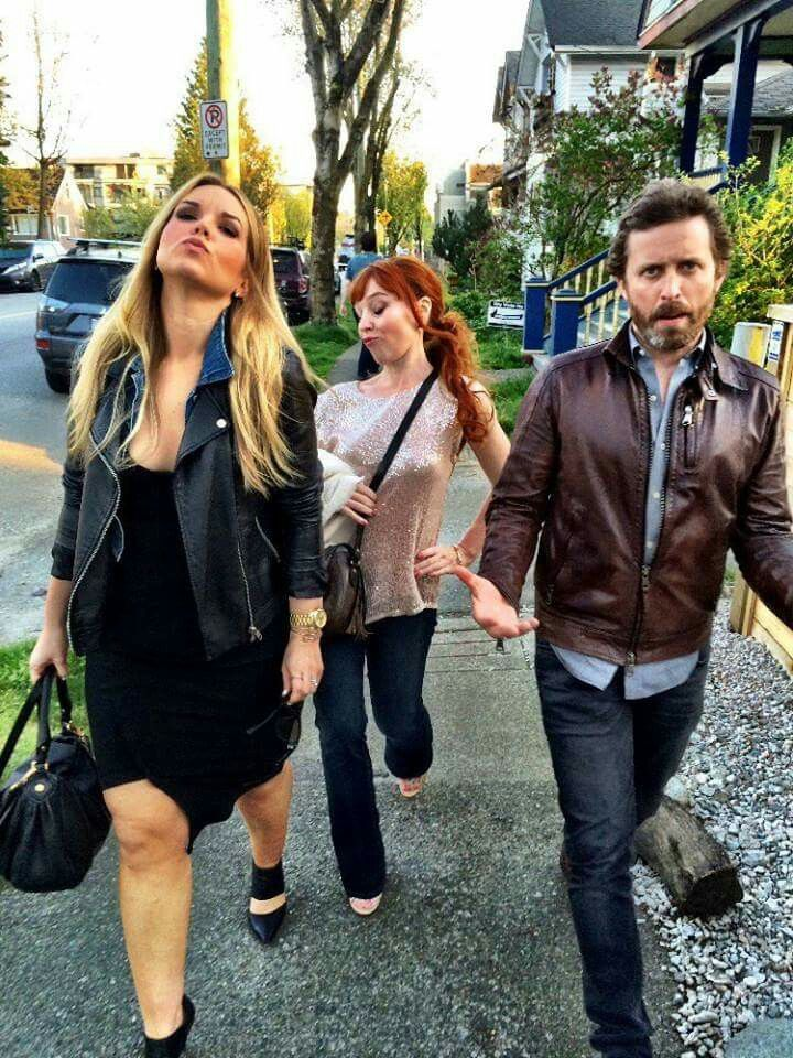 Brianna Buckmaster, Ruth Connell and Rob Benedict :)