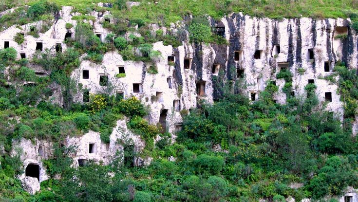<p>Necropoli di Pantalica, Siracusa, Sicily - 20 real life fairy tale places in Italy</p>