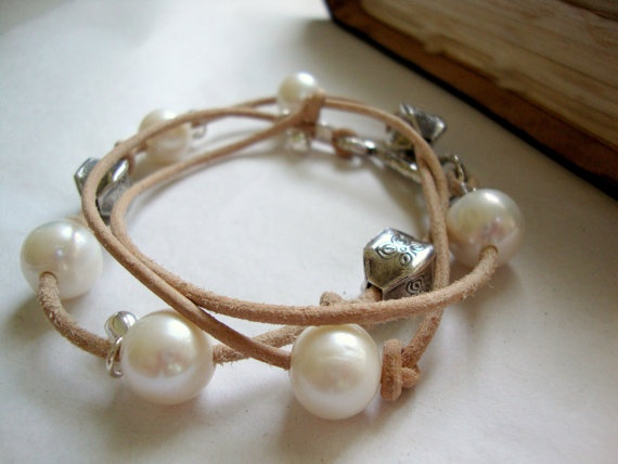 leather and pearl bracelet