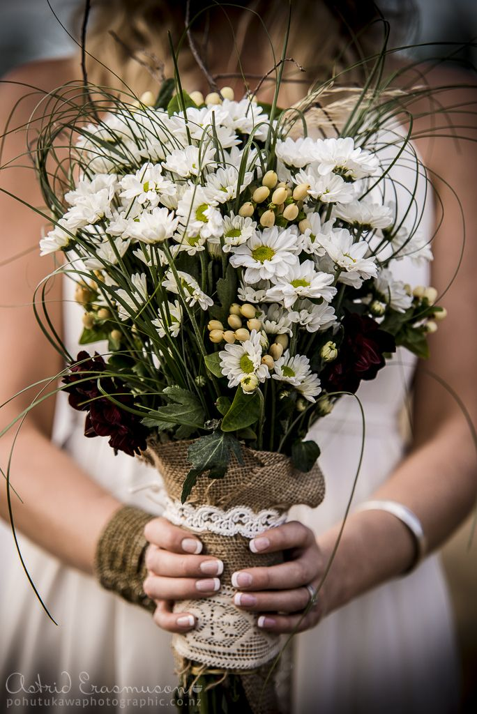 Wedding Photography: Olivia & Rohen at The Groynes   Pohutukawa PhotoGraphic