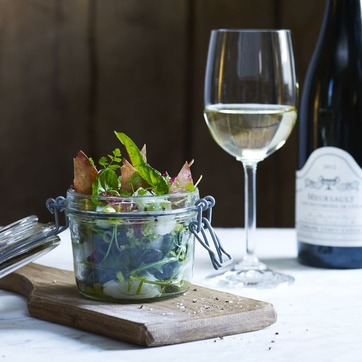 Salad with Pickled Codfish Crispy Ham and Lime Vinaigrette Photo: Baard Næss