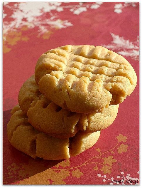 Soft Peanut Butter Cookies - made these yesterday and they are delicious and so soft!