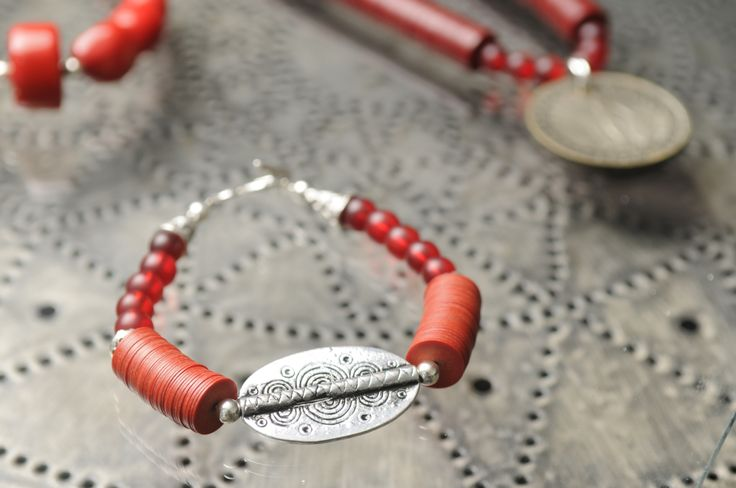 African diguida bead bracelet by Tinky https://www.facebook.com/TinkySonntag