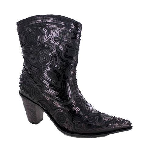 Western Cowboy, Cowboy Boots, Sparkle Shorts, Boots For Women, Black  Shorts, Collection, Westerns, Bling, Heart