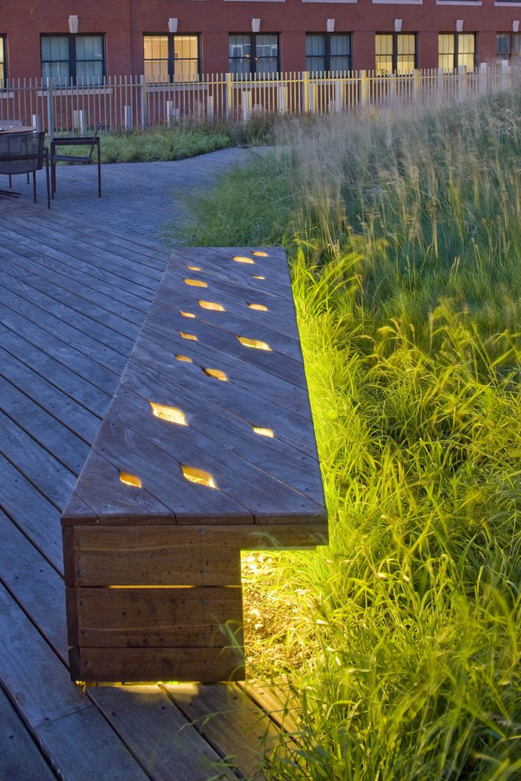 Nice idea to let a bit of the light come through the bench.