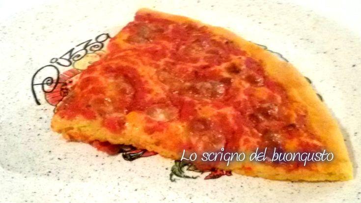 PIZZA MARGHERITA CON FARINA DI GRANTURCO                                                                    CLICCA QUI PER LA RICETTA  http://loscrignodelbuongusto.altervista.org/pizza-margherita-con-farina-di-granturco/