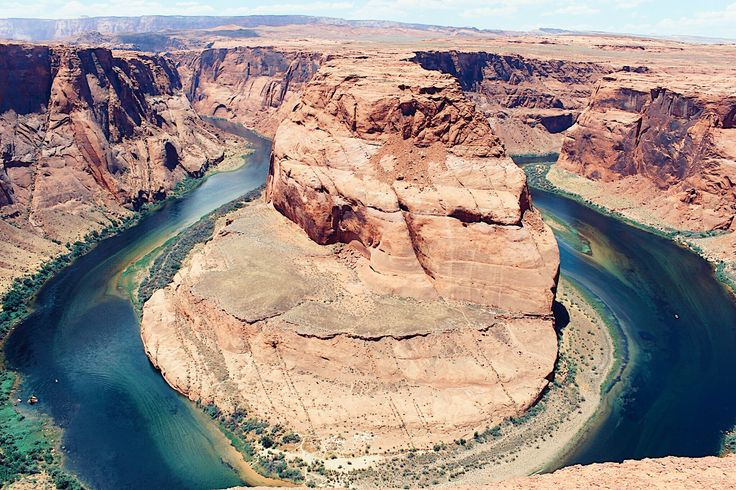 The majestic Horseshoe Bend in all its splendor ⛰