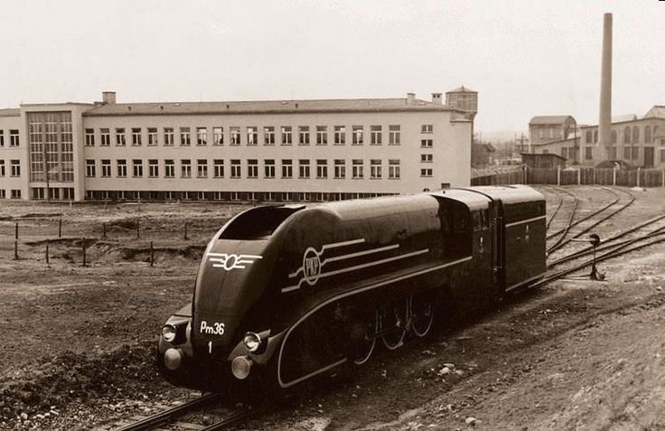 Pm36 steam locomotive (streamlined) produced by the First Steam Locomotives Factory in Chrzanów. http://www.polish-railways.com/polish-railways/interbellum/rolling-stock/