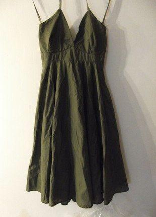 À vendre sur #vintedfrance ! http://www.vinted.fr/mode-femmes/robes-dete/36193902-la-petite-robe-vert-kaki-bronze
