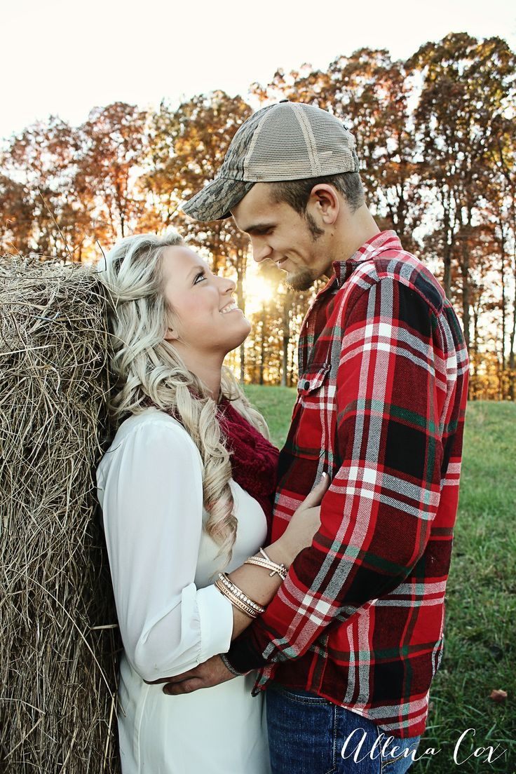Fall- Autumn- Outdoors- Hay- Sunset- Love- Central Kentucky Wedding & Family Photography-http://www.allenacoxphotography.com/