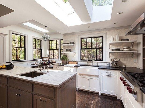 moderne Küche kastanienbraunes Holz Speckstein- Platten sehr gemessen - stilvoll