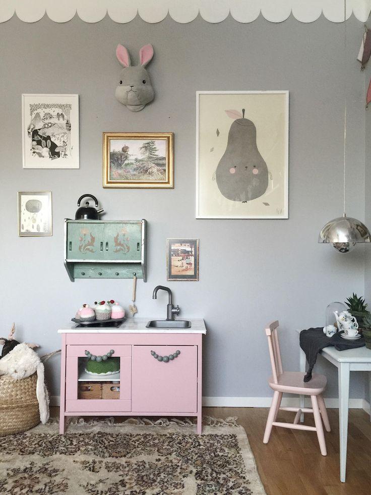 135 best images about chambres d 39 enfants on pinterest. Black Bedroom Furniture Sets. Home Design Ideas
