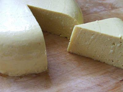 Növényi sajt.