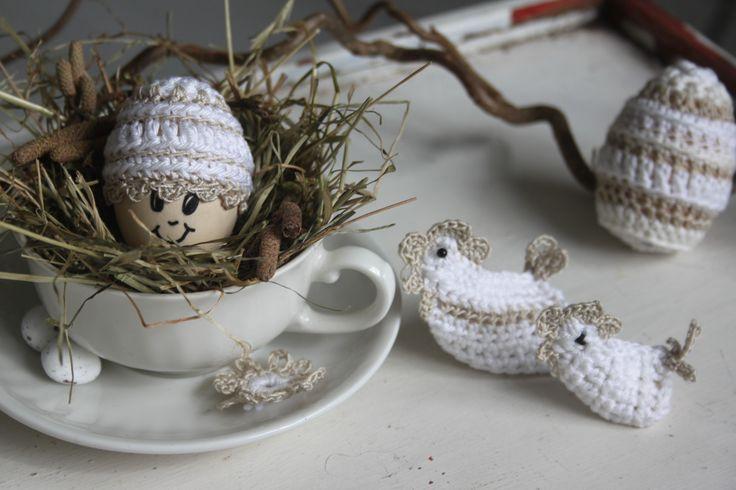 Brocante eieren - eiermutsje en kippetjes