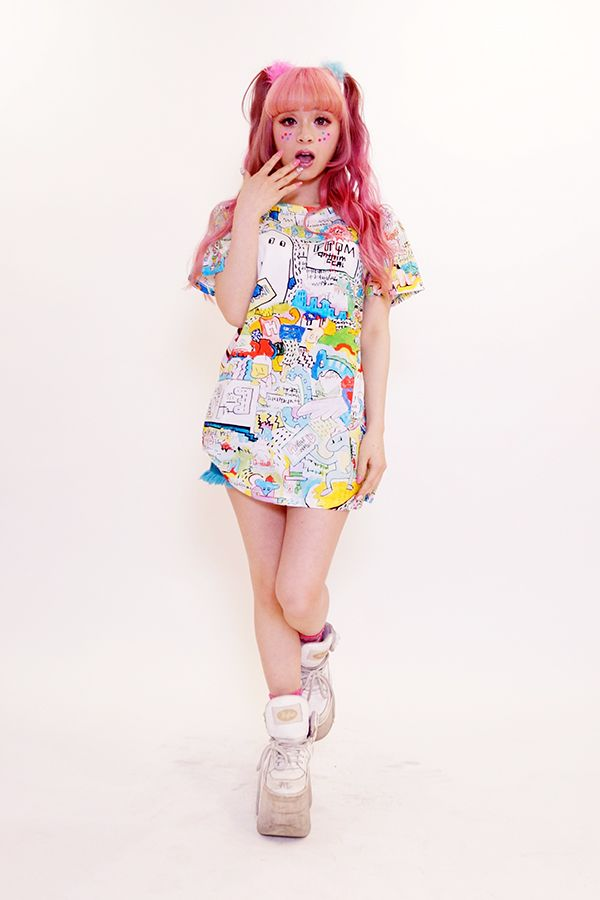 8words wall paint Tシャツ - galaxxxy│ギャラクシー公式通販│galaxxxy official online shop