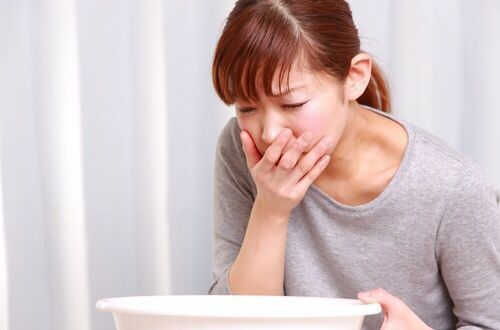 Symptoms of Salmonella Poisoning, How to Prevent Salmonella  http://www.healthdigezt.com/symptoms-of-salmonella-poisoning-how-to-prevent-salmonella/