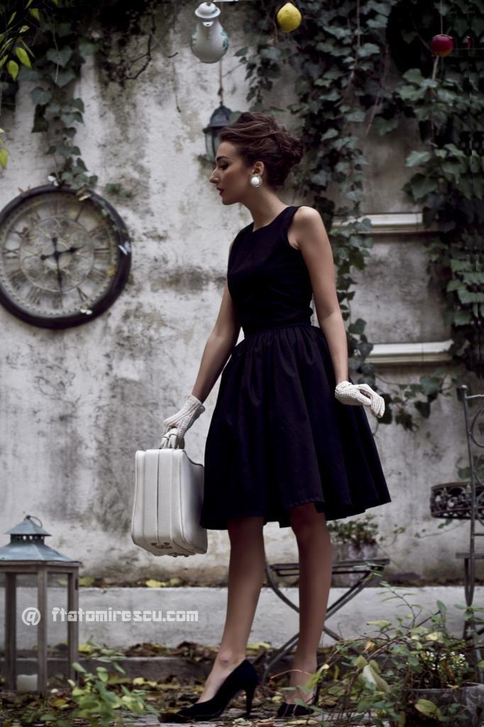 Petite robe noire vintage